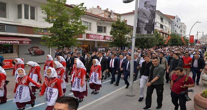 Atatürk'ün Bolu'ya Gelişinin 85'inci Yıldönümü Coşkuyla Kutlandı