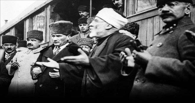 ATATÜRK'ÜN EBEDİYETE İNTİKALİ DOLAYISIYLA MEVLİD'İ ŞERİF