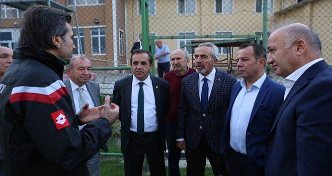 Belediye Başkanı Tanju Özcan'dan Boluspor'a destek ziyareti
