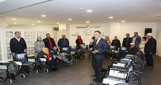 Bolu Belediyesi'nden engellilere büyük destek! 21 engelli daha tekerlekli sandalyesine kavuştu