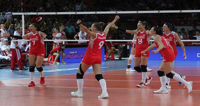 Büyük bir başarıya imza atan Milli Takımımız, finalde Sırbistan'la karşılaşacak